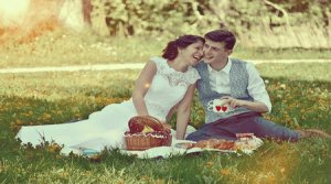 lovers having a picnic